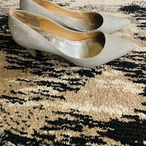 Badgley Mischka pumps / women size 9